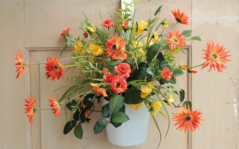 Künstliches Blumenbouquet im Hängtopf, 45 cm, orange
