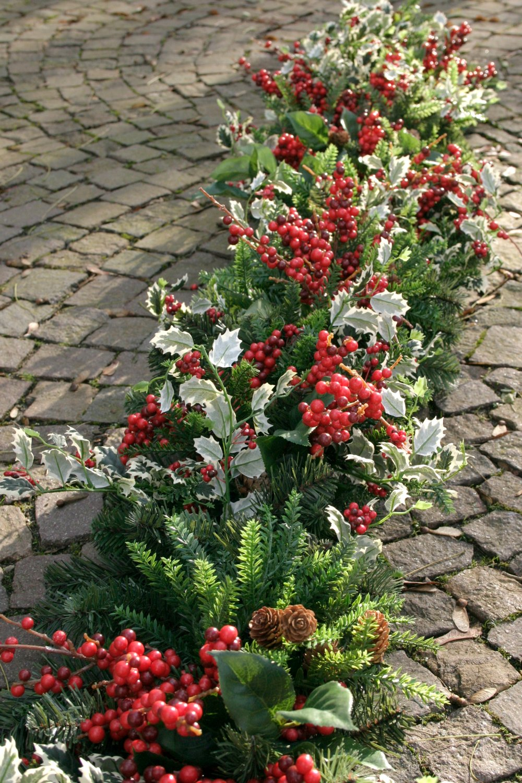 Künstliche Girlande 'Ilex / Beeren / Zitronen Blätter', 180 cm, grün-rot