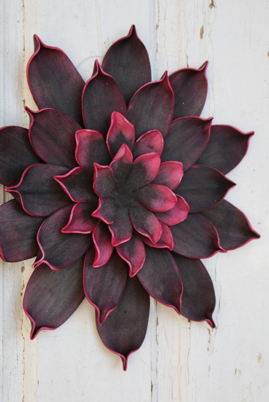 Künstliche Soft flower 'Blüte / Wanddeko', Ø 30 cm, rot-schwarz