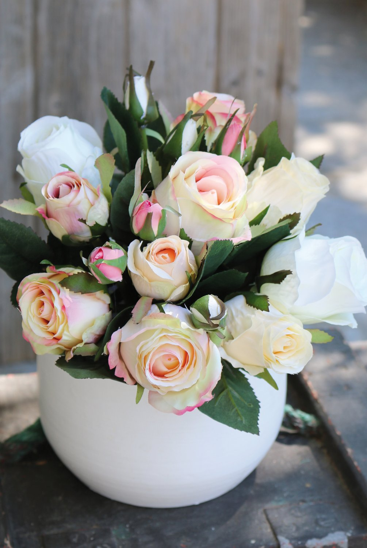 Künstlicher Freiland-Rosenstrauß, 16-fach, 28 cm, weiß-rosa