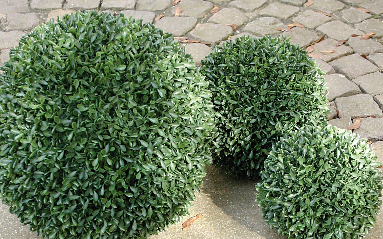 Künstliche Buchsbaumkugel aus Kunststoff, Ø 23 cm, grün