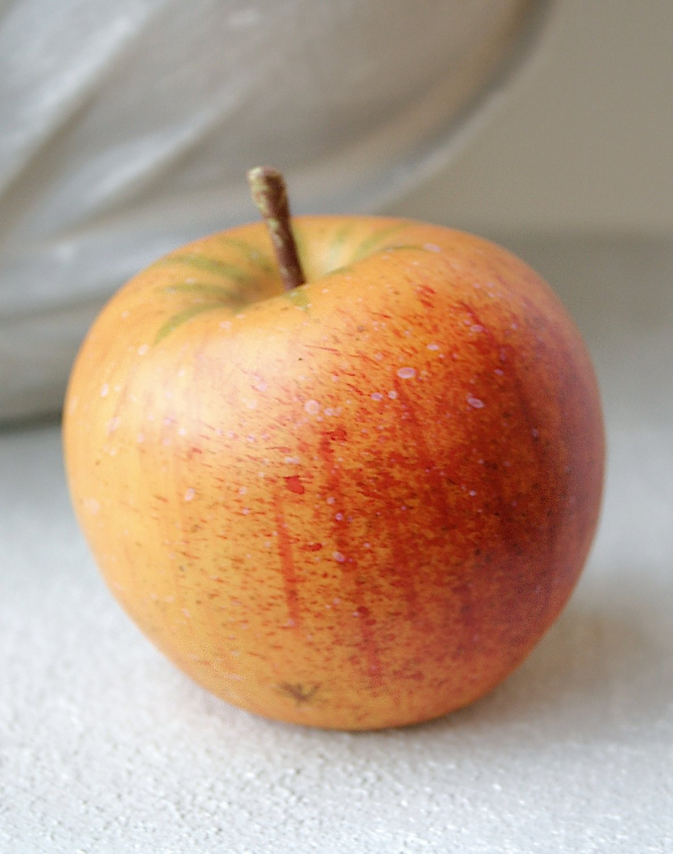 Künstlicher Apfel, 7 cm, gelb-rot