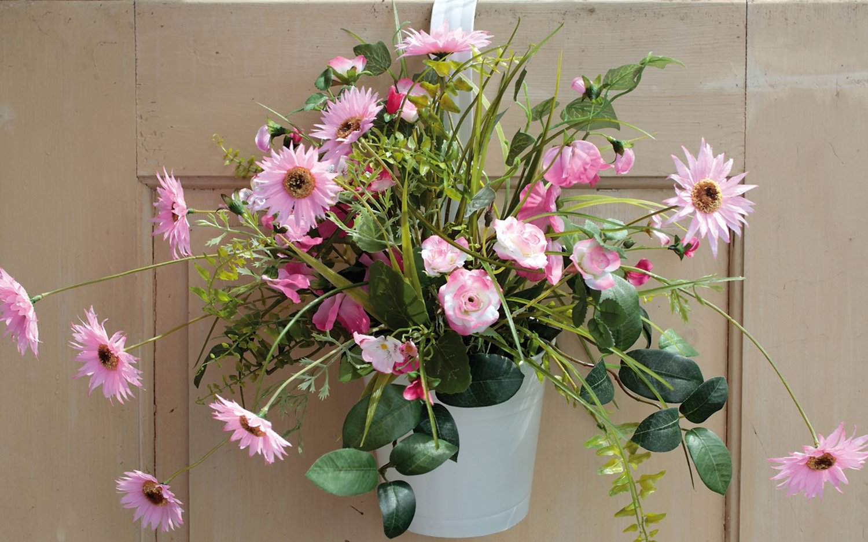 Künstliches Blumenbouquet im Hängtopf, 45 cm, rosa